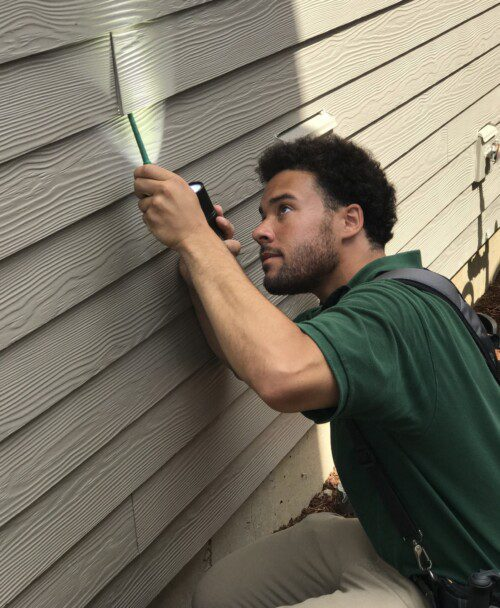 Full home inspections include inspecting siding for proper flashing when appropriate.